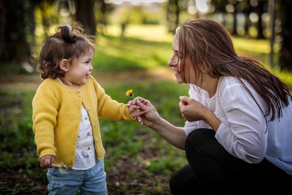 Fotografia de família com mãe e filha coimbra e condeixa
